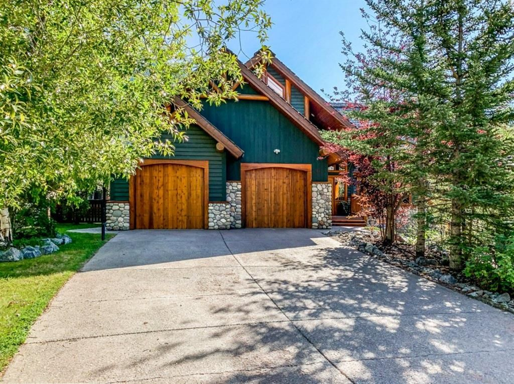 Main Photo: 37 Eagle Landing: Canmore Detached for sale : MLS®# A1142465