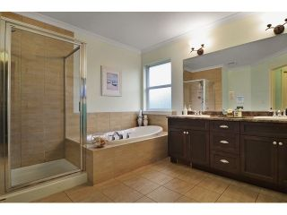 Photo 9: 21082 83B AV in Langley: Willoughby Heights House for sale : MLS®# f1432026
