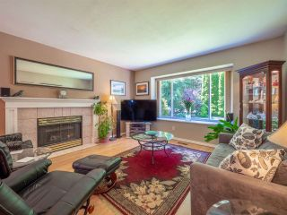 Photo 1: 5834 REEF ROAD in Sechelt: Sechelt District House for sale (Sunshine Coast)  : MLS®# R2442223