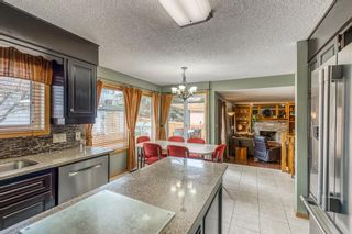 Photo 8: 6105 Signal Ridge Heights SW in Calgary: Signal Hill Detached for sale : MLS®# A1102918