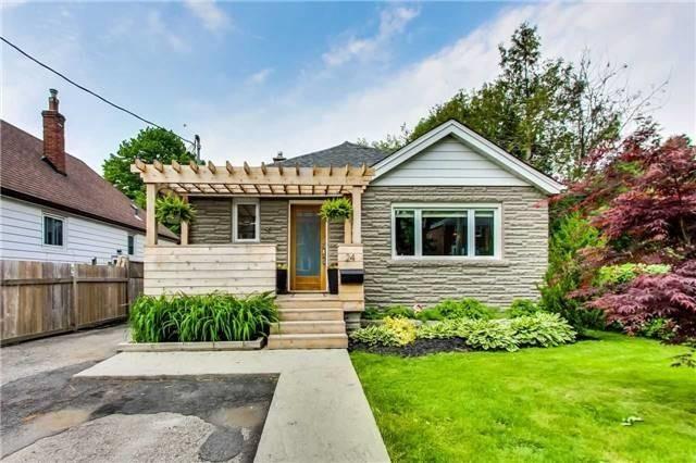 Main Photo: 24 North Edgely Avenue in Toronto: Clairlea-Birchmount House (Bungalow) for sale (Toronto E04)  : MLS®# E4159130