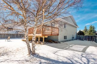 Photo 35: 16 Meadow Close: Cochrane Detached for sale : MLS®# A1088829