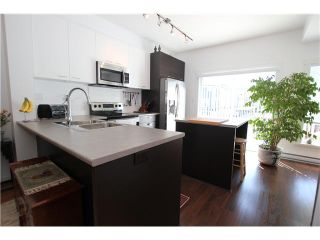 """Photo 4: 1002 2655 BEDFORD Street in Port Coquitlam: Central Pt Coquitlam Townhouse for sale in """"WESTWOOD"""" : MLS®# V1073660"""