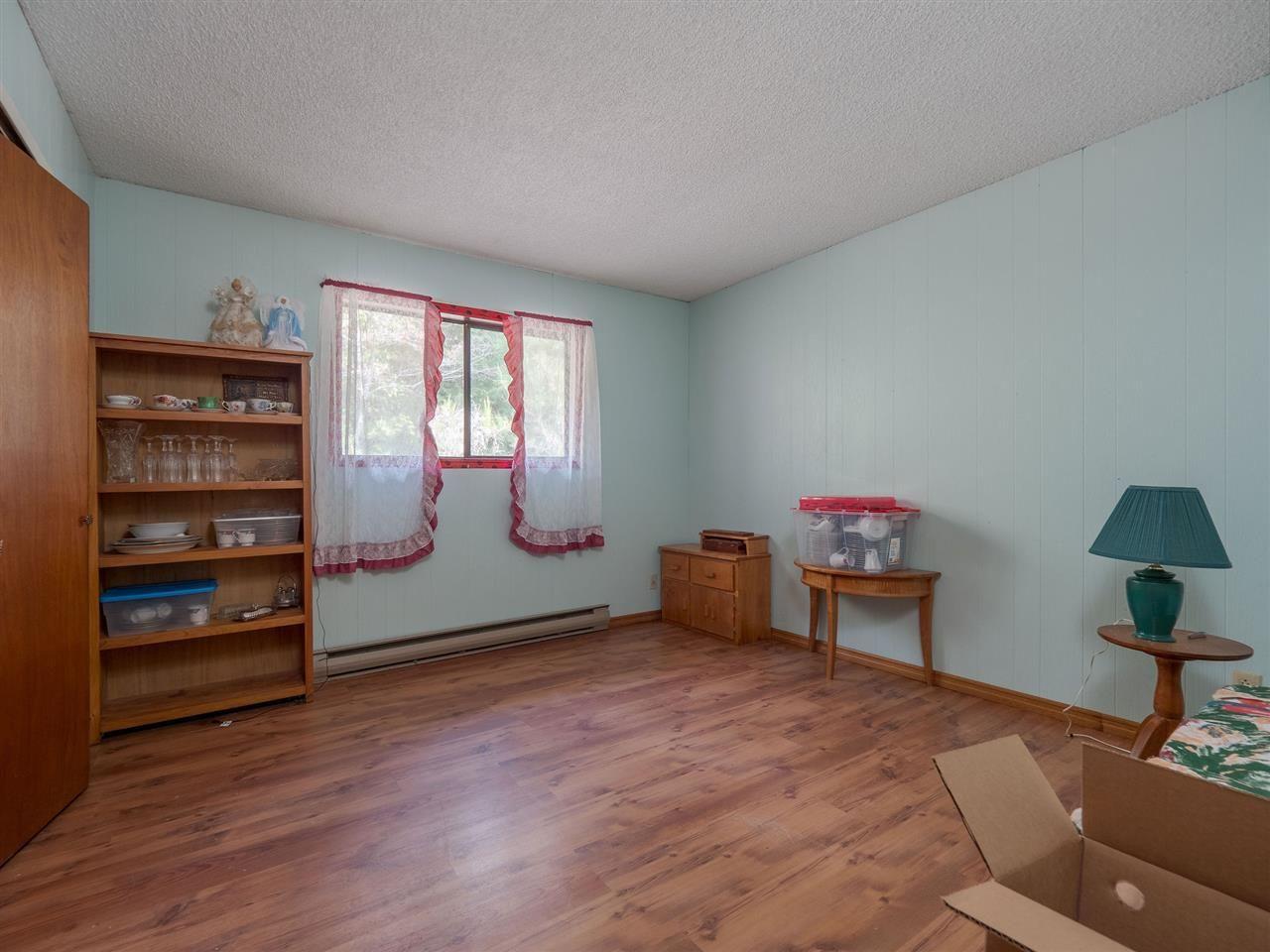 Photo 13: Photos: 6820 NORWEST BAY Road in Sechelt: Sechelt District House for sale (Sunshine Coast)  : MLS®# R2553107