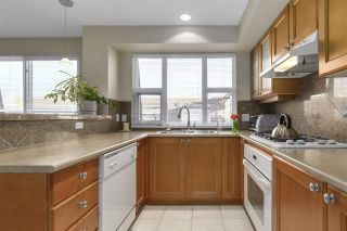 """Photo 9: 401 2071 W 42ND Avenue in Vancouver: Kerrisdale Condo for sale in """"THE LAUREATES"""" (Vancouver West)  : MLS®# R2133833"""