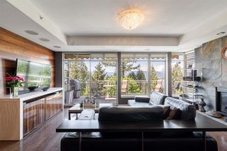 """Photo 3: 8561 SEASCAPE Lane in West Vancouver: Howe Sound Townhouse for sale in """"Seascapes"""" : MLS®# R2533787"""