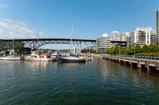 "Photo 28: 802 638 BEACH Crescent in Vancouver: Yaletown Condo for sale in ""ICON"" (Vancouver West)  : MLS®# R2511968"