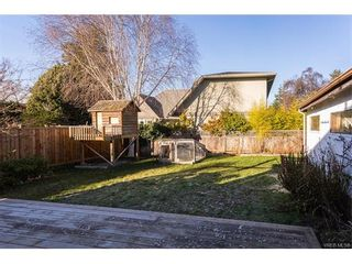 Photo 19: 1668 Earle St in VICTORIA: Vi Fairfield East House for sale (Victoria)  : MLS®# 748731