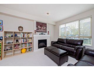 """Photo 3: 26 2738 158 Street in Surrey: Grandview Surrey Townhouse for sale in """"Cathedral Grove"""" (South Surrey White Rock)  : MLS®# R2258929"""