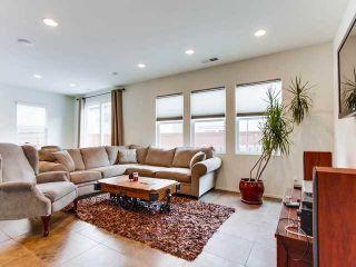 Photo 3: EL CAJON House for sale : 3 bedrooms : 1440 Caracara Circle