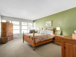 """Photo 10: 8 3750 EDGEMONT Boulevard in North Vancouver: Edgemont Townhouse for sale in """"THE MANOR AT EDGEMONT"""" : MLS®# R2141171"""