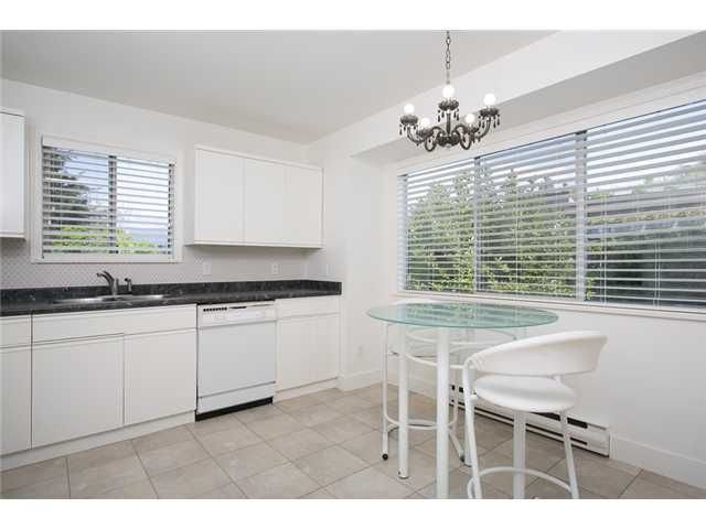 Photo 5: Photos: 1 241 E 4TH Street in North Vancouver: Lower Lonsdale Townhouse for sale : MLS®# V1062566