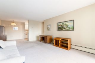"Photo 17: 212 1345 CHESTERFIELD Avenue in North Vancouver: Central Lonsdale Condo for sale in ""CHESTERFIELD MANOR"" : MLS®# R2561595"