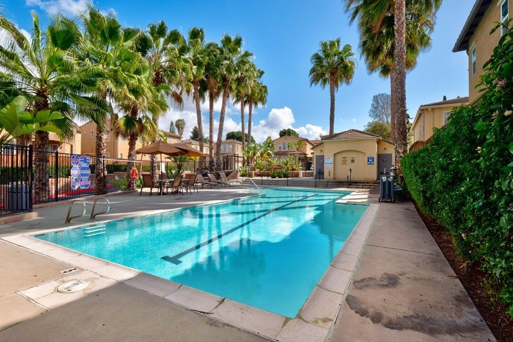 Photo 24: Photos: NATIONAL CITY House for sale : 3 bedrooms : 4102 Verde View