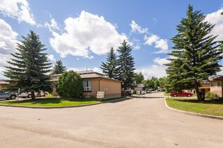 Photo 32: 623 KNOTTWOOD Road W in Edmonton: Zone 29 Townhouse for sale : MLS®# E4247650