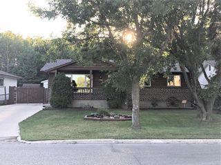 Photo 1: 716 Cathcart Street in Winnipeg: Charleswood Residential for sale (1F)  : MLS®# 202120378