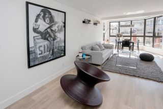 """Photo 7: 602 488 HELMCKEN Street in Vancouver: Yaletown Condo for sale in """"Robinson Tower"""" (Vancouver West)  : MLS®# R2602761"""