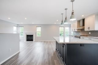 """Photo 2: 6632 197 Street in Langley: Willoughby Heights House for sale in """"Langley Meadows"""" : MLS®# R2622410"""