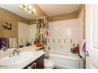 """Photo 12: 30 19250 65 Avenue in Surrey: Clayton Townhouse for sale in """"Sunberry Court"""" (Cloverdale)  : MLS®# R2106869"""
