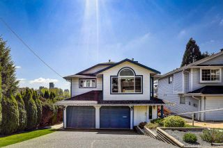 Photo 3: 2930 WALTON Avenue in Coquitlam: Canyon Springs House for sale : MLS®# R2571500