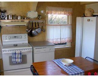 "Photo 5: 11043 136TH Street in Surrey: Bolivar Heights House for sale in ""Bolivar Heights"" (North Surrey)  : MLS®# F2803978"