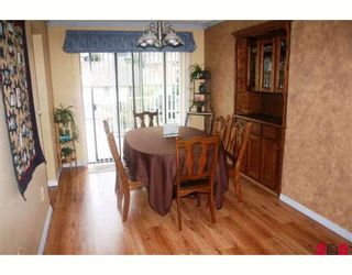 """Photo 4: 35477 STAFFORD Place in Abbotsford: Abbotsford East House for sale in """"DELAIR"""" : MLS®# F2905227"""