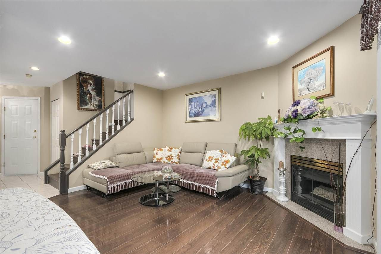"""Main Photo: 40 10280 BRYSON Drive in Richmond: West Cambie Townhouse for sale in """"PARC BRYSON"""" : MLS®# R2229872"""