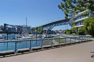 """Photo 6: 402 501 PACIFIC Street in Vancouver: Downtown VW Condo for sale in """"THE 501"""" (Vancouver West)  : MLS®# R2212611"""