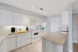 """Photo 18: 701 518 W 14TH Avenue in Vancouver: Fairview VW Condo for sale in """"PACIFICA"""" (Vancouver West)  : MLS®# R2614873"""