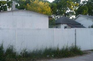 Photo 19: 479 Redwood Avenue in Winnipeg: Residential for sale (Canada)  : MLS®# 1114237