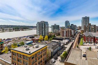 """Photo 1: 1006 39 SIXTH Street in New Westminster: Downtown NW Condo for sale in """"Quantum"""" : MLS®# R2368367"""