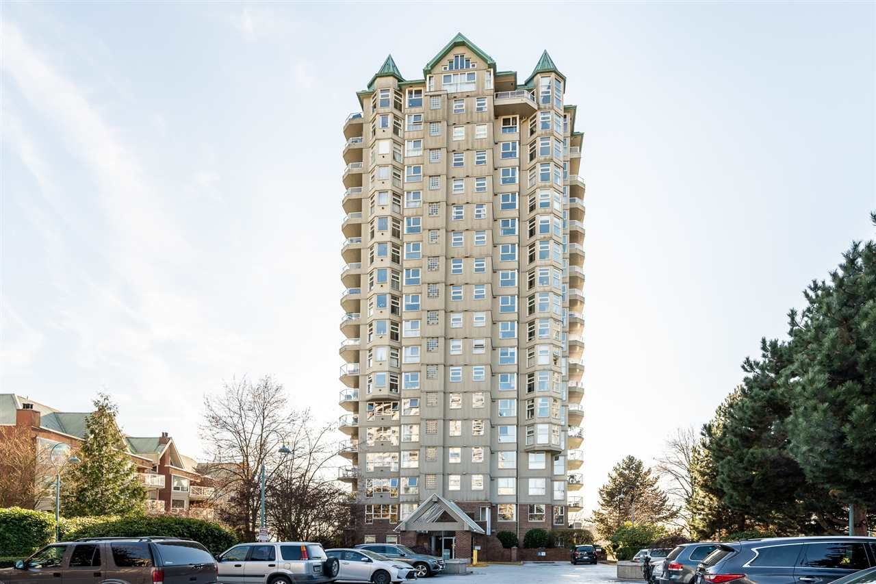 """Main Photo: 1006 1250 QUAYSIDE Drive in New Westminster: Quay Condo for sale in """"THE PROMENADE"""" : MLS®# R2460422"""