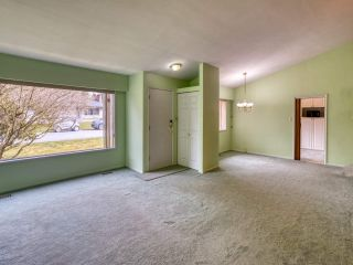 """Photo 11: 2327 CLARKE Drive in Abbotsford: Central Abbotsford House for sale in """"Historic Downtown Infill Area"""" : MLS®# R2556801"""