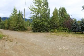 Photo 35: 26 MANITOBA Drive in Mackenzie: Mackenzie - Rural House for sale (Mackenzie (Zone 69))  : MLS®# R2612690
