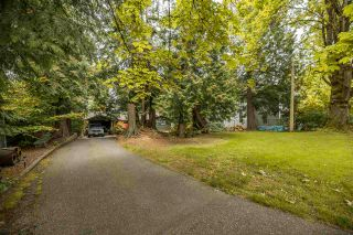 """Photo 3: 20131 49A Avenue in Langley: Langley City House for sale in """"Sundell Gardens"""" : MLS®# R2584110"""