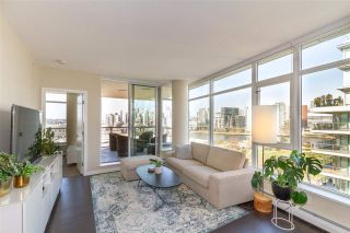 """Photo 1: 1008 1708 COLUMBIA Street in Vancouver: False Creek Condo for sale in """"Wall Centre- False Creek"""" (Vancouver West)  : MLS®# R2560917"""