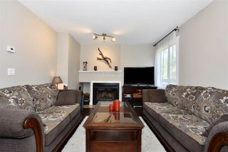 Photo 2: 8561 WOODRIDGE PLACE in Burnaby: Forest Hills BN Townhouse for sale (Burnaby North)  : MLS®# R2262331