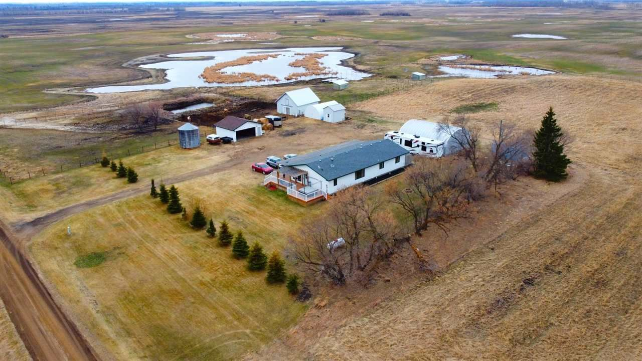 Main Photo: 565078 RR 183: Rural Lamont County Manufactured Home for sale : MLS®# E4253546