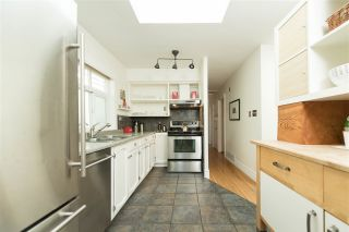 Photo 5: 1758 E 4TH Avenue in Vancouver: Grandview VE House for sale (Vancouver East)  : MLS®# R2171208
