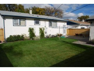 Photo 2: 258 SOUTHALL Drive in WINNIPEG: West Kildonan / Garden City Residential for sale (North West Winnipeg)  : MLS®# 1019263