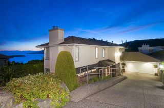 Photo 1: 4791 WESTWOOD Place in West Vancouver: Cypress Park Estates House for sale : MLS®# R2582506