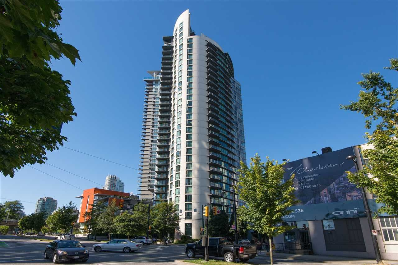 "Main Photo: 506 501 PACIFIC Street in Vancouver: Downtown VW Condo for sale in ""THE 501"" (Vancouver West)  : MLS®# R2426022"