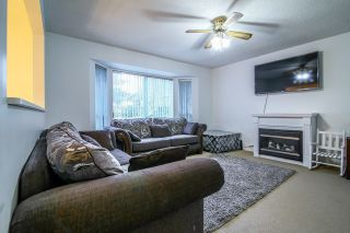 Photo 2: 6720 141 Street in Surrey: East Newton House for sale : MLS®# R2023020