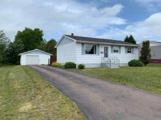 Photo 1: 49 Winston Avenue in Amherst: 101-Amherst,Brookdale,Warren Residential for sale (Northern Region)  : MLS®# 202116056