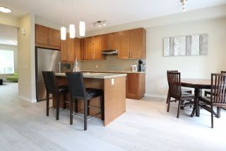 """Photo 4: 33 2738 158 Street in Surrey: Grandview Surrey Townhouse for sale in """"CATHEDRAL GROVE BY POLYGON"""" (South Surrey White Rock)  : MLS®# R2563764"""
