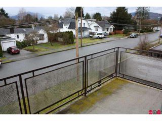 Photo 8: 301 46165 GORE Avenue in Chilliwack: Chilliwack E Young-Yale Condo for sale : MLS®# H1100955