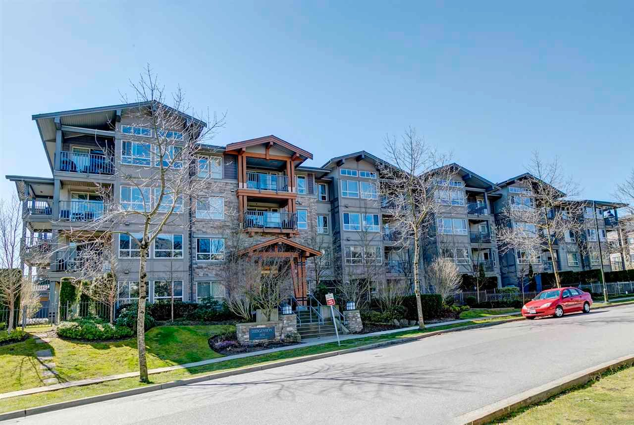 """Main Photo: 307 3132 DAYANEE SPRINGS Boulevard in Coquitlam: Westwood Plateau Condo for sale in """"Ledgeview by Polygon"""" : MLS®# R2565189"""