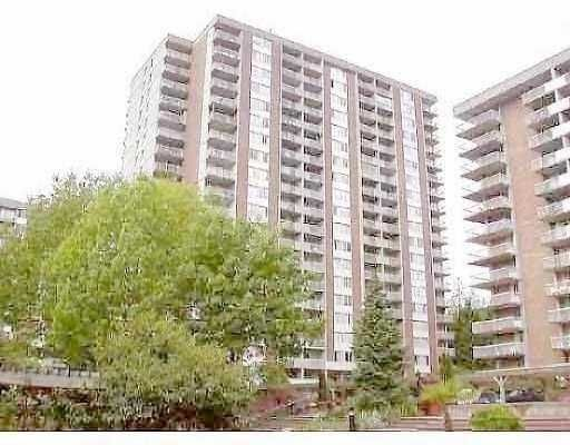 """Main Photo: 2016 FULLERTON Ave in North Vancouver: Pemberton NV Condo for sale in """"WOODCROFT-LILLOETTE"""" : MLS®# V633214"""