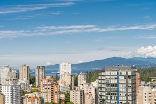 """Photo 9: 2305 620 CARDERO Street in Vancouver: Coal Harbour Condo for sale in """"CARDERO"""" (Vancouver West)  : MLS®# R2603652"""