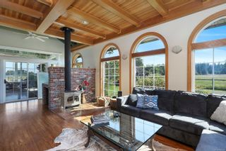 Photo 18: 3473 Dove Creek Rd in : CV Courtenay West House for sale (Comox Valley)  : MLS®# 880284
